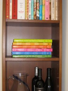 Barefoot Cookbooks