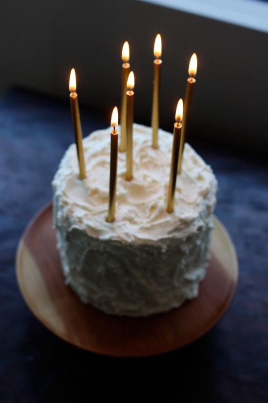 birthday_cake_gold_candles