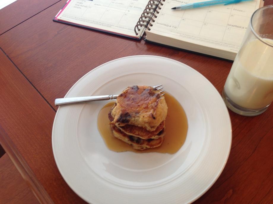 mascarpone panckes with syrup